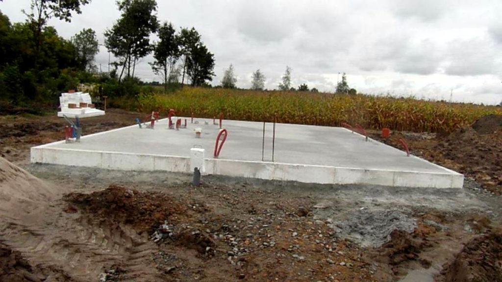 etapy budowy domu - płyta fundamentowa