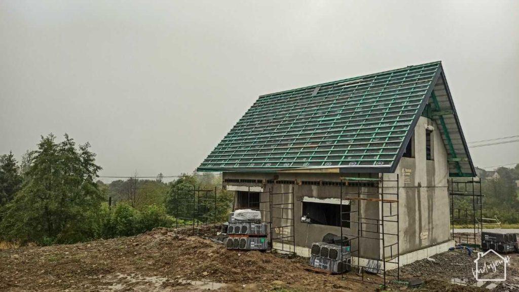prace na dachu