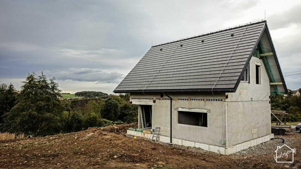 stan surowy zamknięty - pokrycie dachowe gotowe