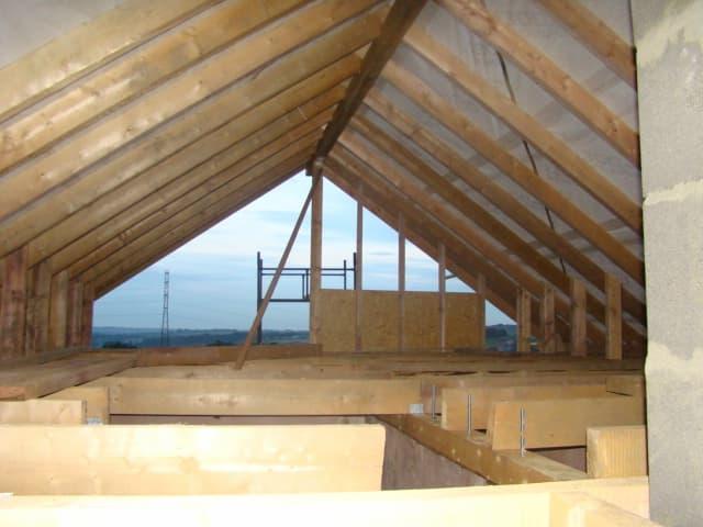 ocieplenie stropu dachu
