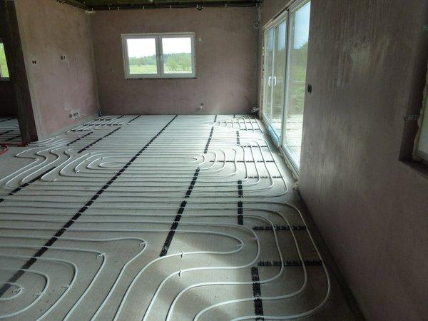 wodne ogrzewanie podłogowe - systemy ogrzewania domu