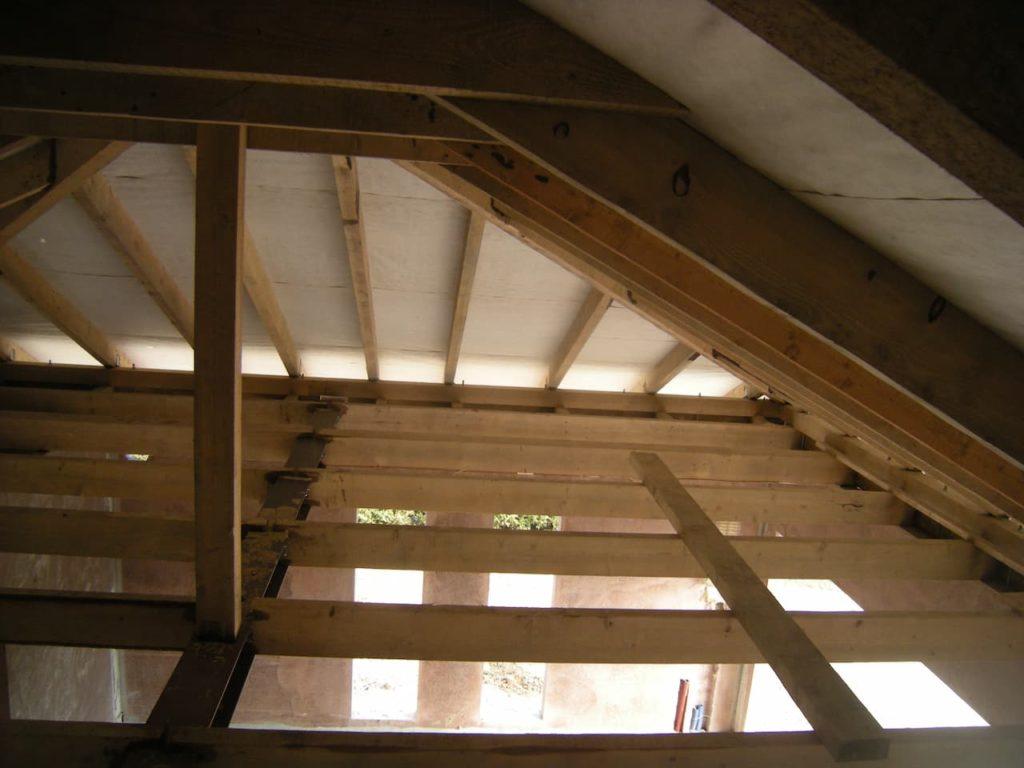 jaki rodzaj stropu - strop drewniany